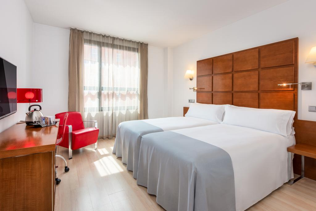 HOTEL TRYP ZARAGOZA - HOTEL ZENTRAL ZARAGOZA