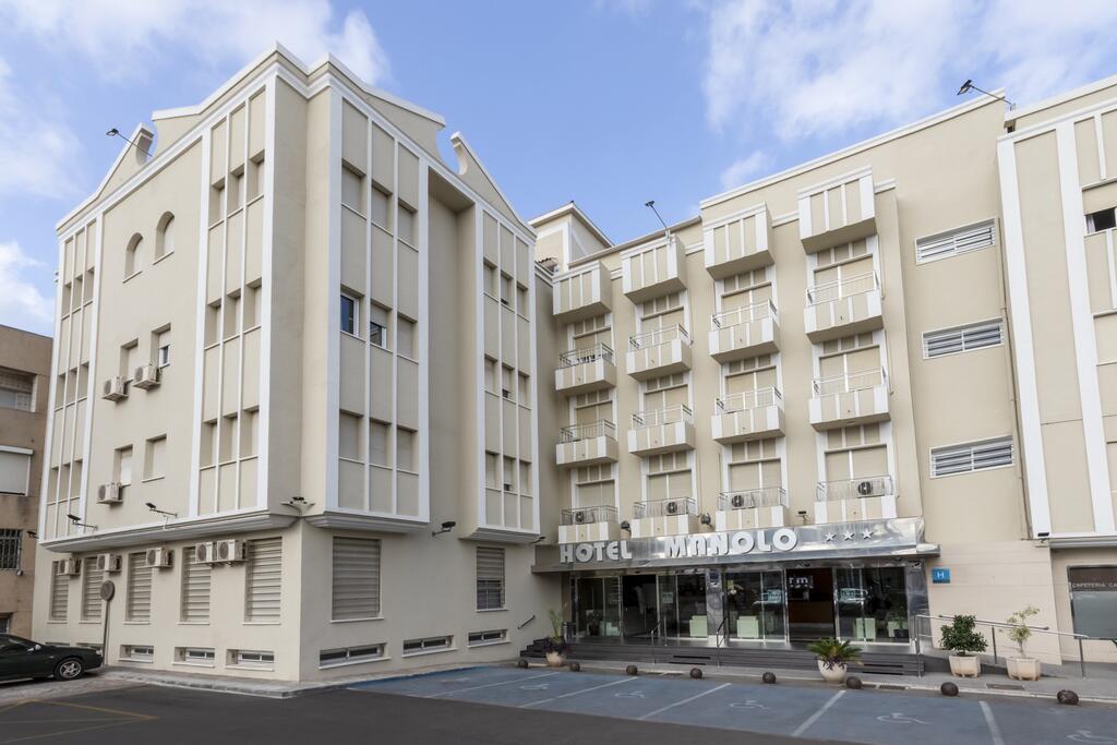 HOTEL MANOLO